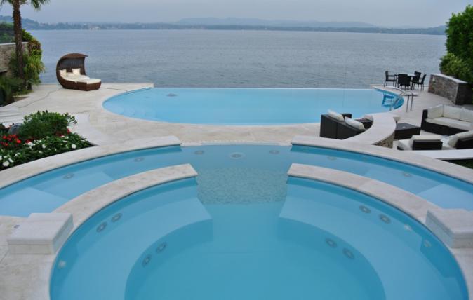 Le nostre realizzazioni - Pavimentazione piscina